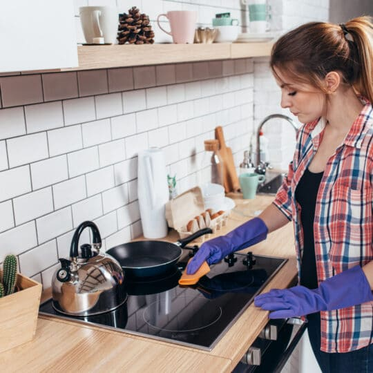 5-Minute Cleaning Resolutions for 2021